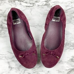 Fitflop Superballerina maroon leather flat w/ bow